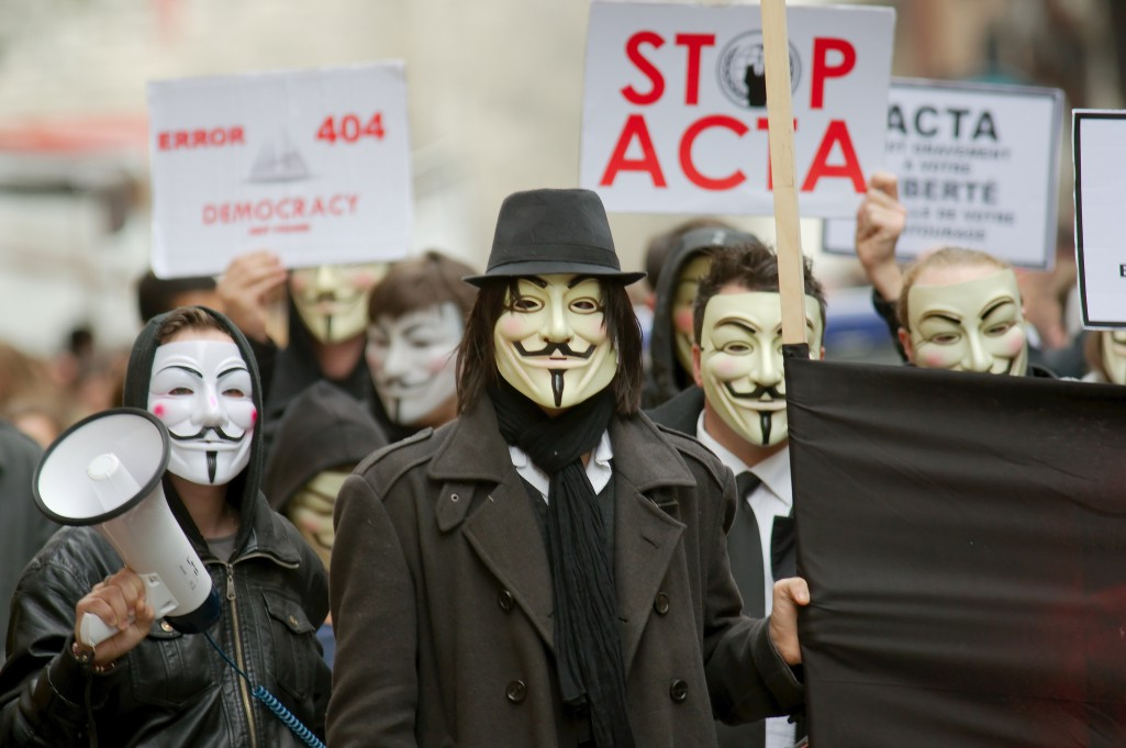 Anonymous contre Acta à Rouen by Frédéric BISSON under CC licence
