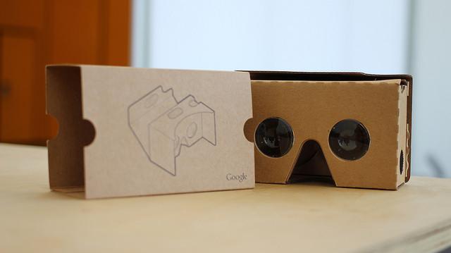 Google Cardboard 2 by Maurizio Pesce under CC license